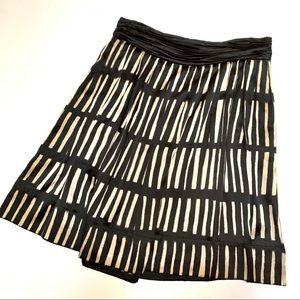 DKNY Size 10 Black & Cream Silk Work Zip Up Skirt